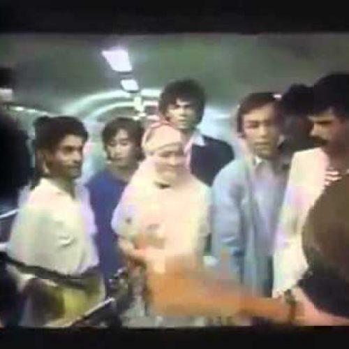 Les chanteurs kabyles Akli D et Lahlou dans le métro en 1985