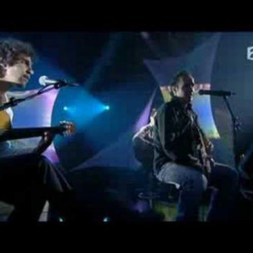 Sublime chanson de Takfarinas sur le plateau de France 2