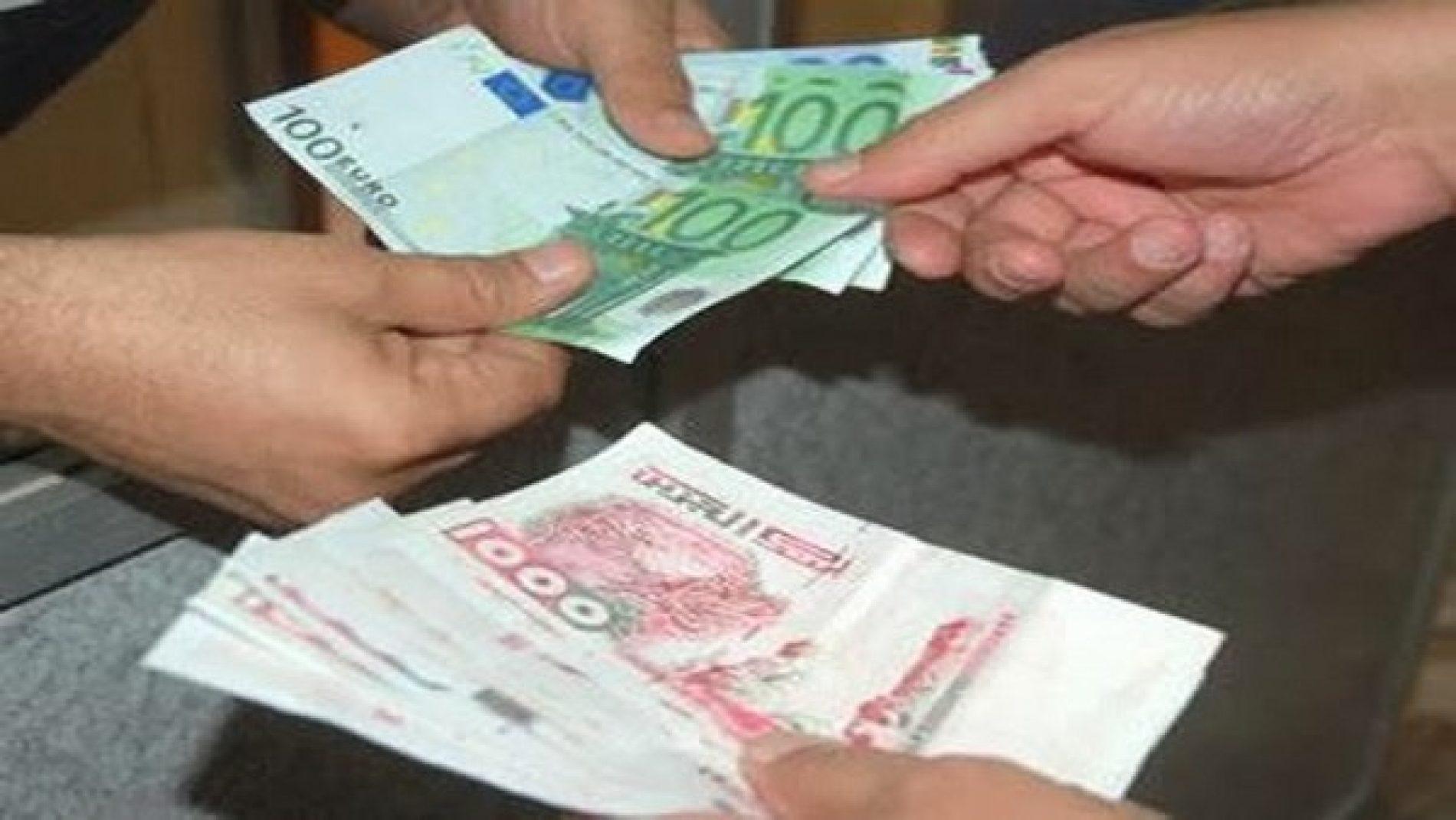L'Euro s'envole face au dinar, au plus bas historique