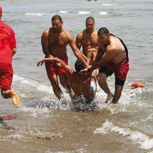 Béjaia: Un maître nageur sauve une vie avant de mourir