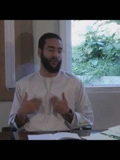 Vidéo: Mahdi Ibn Salah, ce prêcheur fait passer la femme kabyle pour un diable !